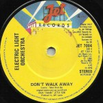 DONT WALK AWAY UK PRESS 003